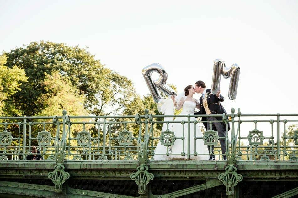 Kreative Requisiten für gelungene Hochzeitsfotos