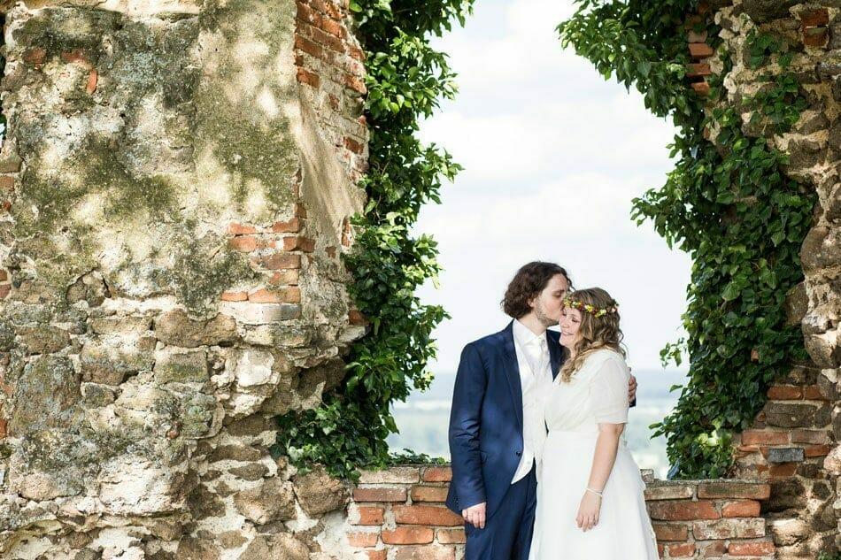 Hochzeitsfoto_Burg_Guessing