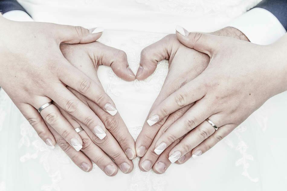 Schwanger heiraten - so gelingen tolle Hochzeitsfotos!