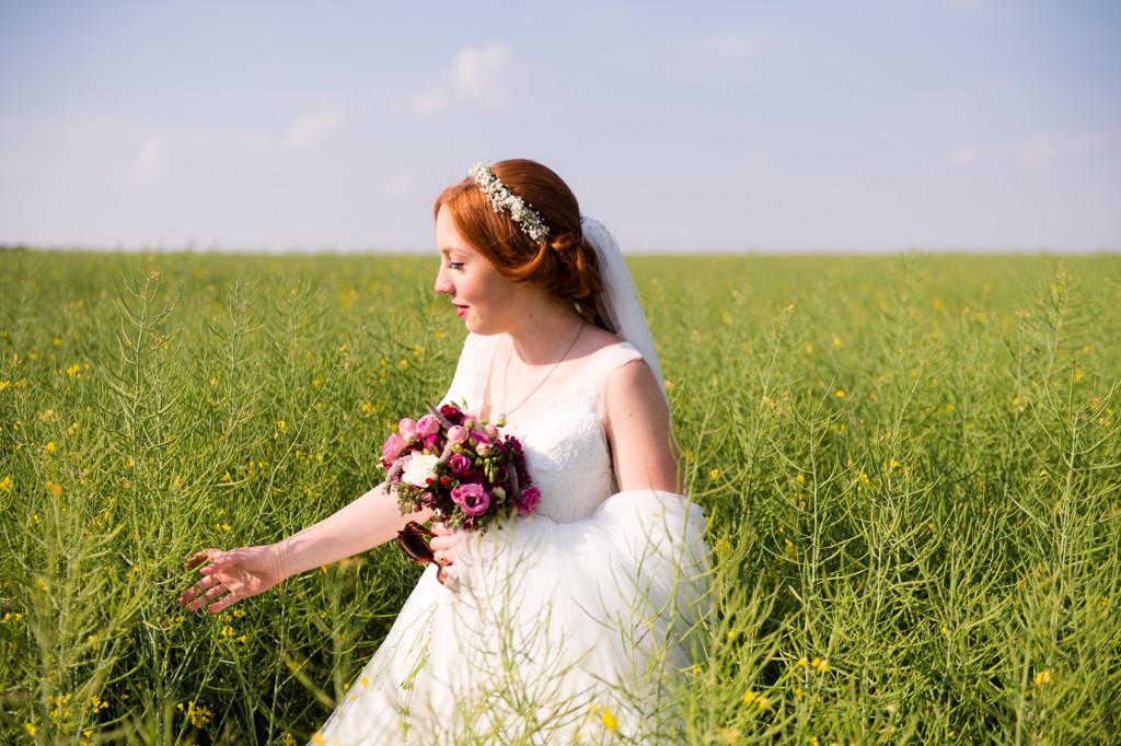 Hochzeitsfoto_Wiese (12)